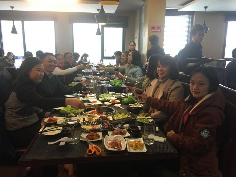 Vui tiệc cuối năm – đón Xuân Tài Lộc -1